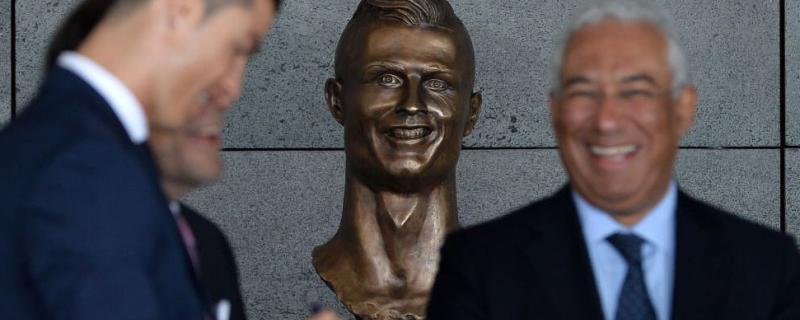 Patung Ronaldo Di Lapangan Terbang Madeira Akhirnya Ditukar